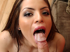 Yurizan Beltran & Kris Slater in House Wife 1 on 1