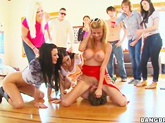 Alexis Fawx and her friends adore heleding crazy orgies